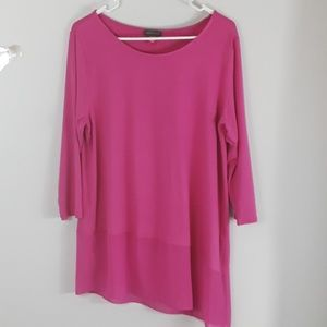 Vince Camuto Asymetrical Tunic top.  W8